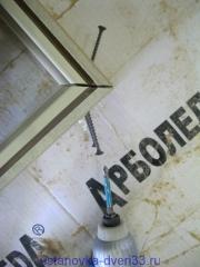 Соединение саморезами коробки под 45 градусов.Установка дверей во Владимире.