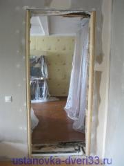 Дверной проем в бревенчатом доме. Установка дверей во Владимире и области.