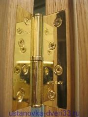 Качественно врезанная дверная петля. Установка дверей во Владимире.