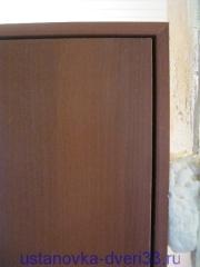 Зазор между дверной коробкой и дверью. Установка дверей во Владимире.