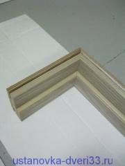 Соединение фрагмента коробочного бруса с боковыми стойками. Установка дверей во Владимире и области.