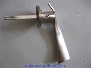 Фалевая ручка с квадратом. Установка дверей во Владимире.