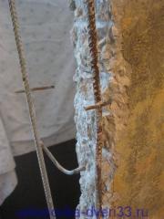 Арматура бетоной стены. Установка дверей во Владимире