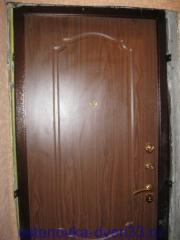 """Вид установленной металлической входной двери \""""Эстет\"""". Установка дверей во Владимире."""