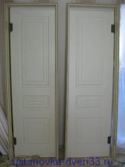 Вид готовой к установке двери с коробкой. Установка дверей во Владимире.