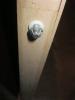 Фурнитура двери-книжки, вид снизу. Установка дверей Владимир.