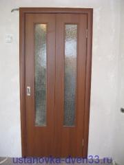 Установка двери-книжки завершена. Установка дверей во Владимире.