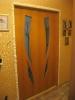 Установленный дверной блок, запенка швов. Установка дверей Владимир