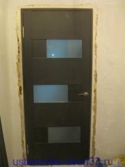 Новая дверь на месте удаленной металлической дверной коробки. Установка дверей во Владимире